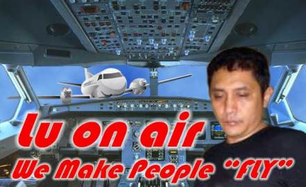 "Pilot Lu on Air: ""We make people FLY"" :: Gambar Humor Singkat Kocak"